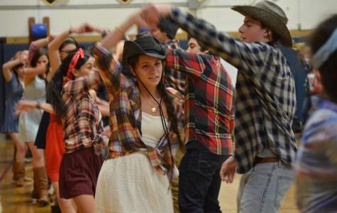 Plaid, boots, and cowboy hats galore at Shindig