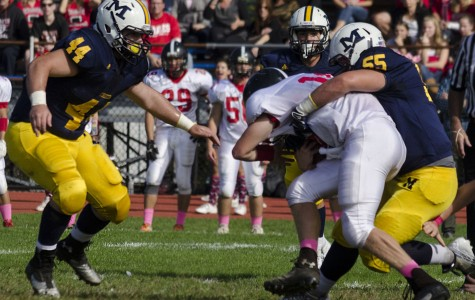 Chiefs brave Syosset, win 49-28
