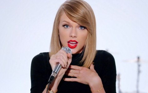 Taylor Swift's album '1989' arrives in style
