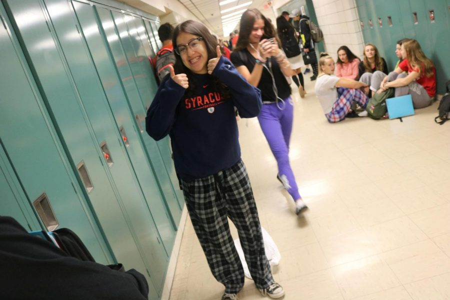 11th+grader+Kayla+Lew+showing+off+her+comfy+pajamas%21